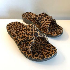Vionic Relax Slipper w/ Orthotic Arch Leopard